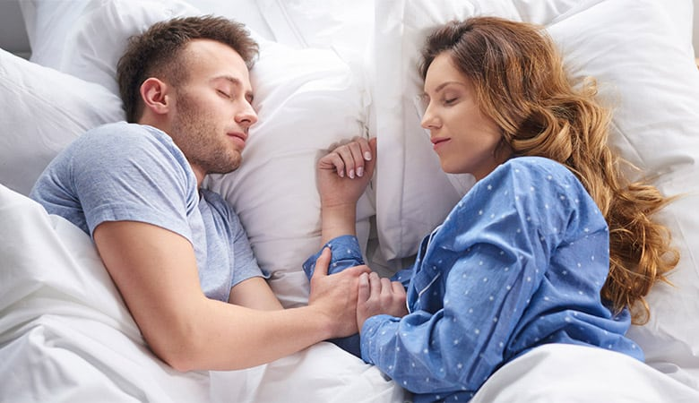 which-bed-size-is-best-for-couples