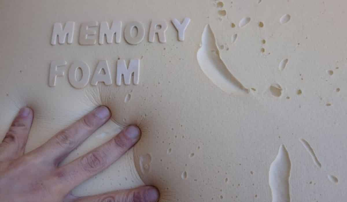 Who-Invented-Memory-Foam-Mattresses-and-Pillows
