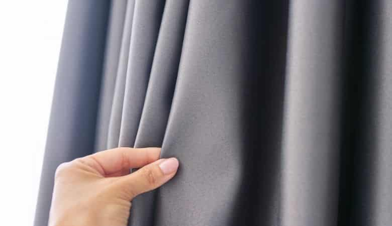 How-to-measure-for-blackout-curtains